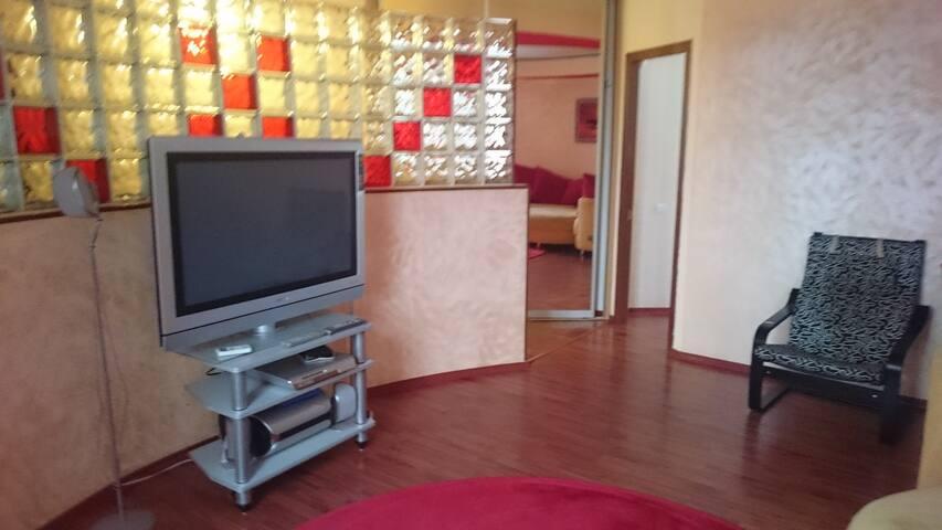 Просторная квартира с отличным дизайном - Rostov - Apartment