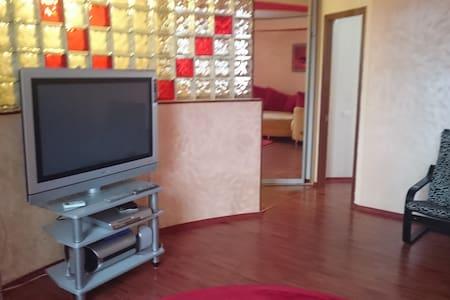 Просторная квартира с отличным дизайном - Rostov - Daire
