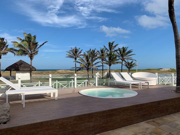 Casa a beira mar, piscina, jacuzzi, campo e Wi-Fi
