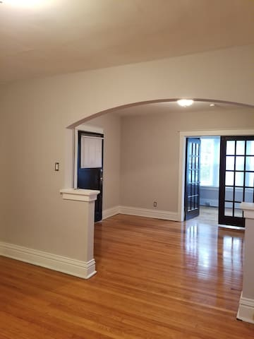 Delmar Loop Close to the Pageant LIC welcome! - University City - Apartment