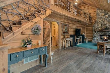LOFT SUITE NEAR TABLE ROCK, DUPONT FOREST, KEOWEE - Pickens - Andet