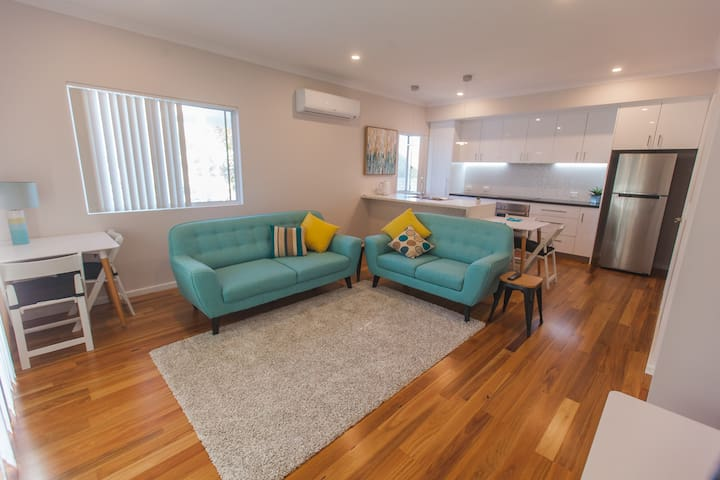Perth Beachside Holiday House - Kallaroo