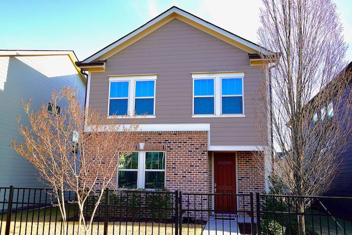 Getaway Family Home & Neighborhood-5 min from RDU