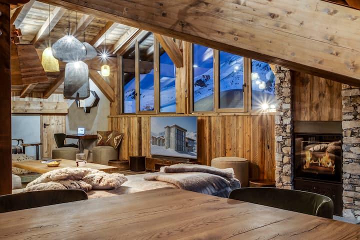 Luxury 8 bedrooms apartment of 380 sq.m.