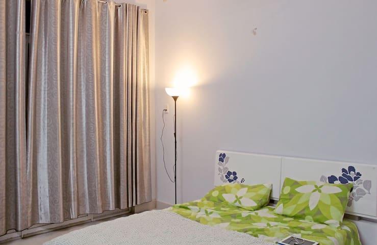 Mrs. Hang Homestay Upper Floor - Ho Chi Minh - Casa