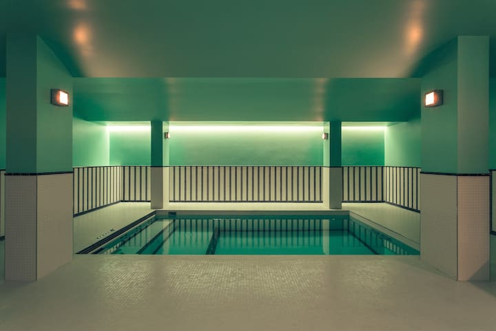 Art Deco Hotel Room