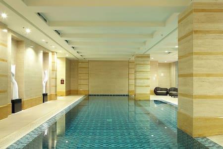 5stars hotel quality house but half price - Kebayoran Lama - Huoneisto