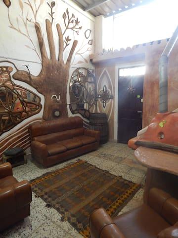 Casa  Rupestre / Rupestric Home