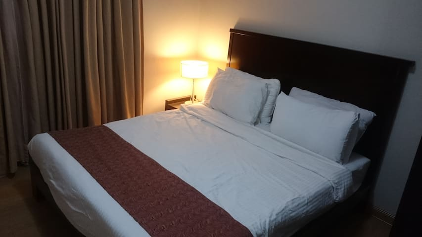 2 Bdr. Apt. in Ortigas & Shopping Center