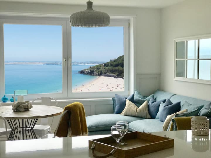 BLUE VIEW  |  Stunning sea views in St Ives