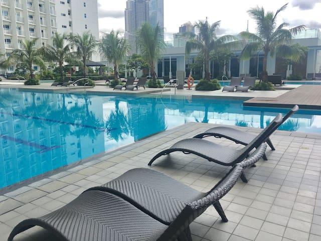 Jazz Residences Condo with Balcony for Rent - Makati - Appartamento