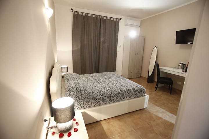 Rome center-Comfortable double room private bath