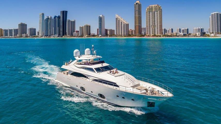 Yacht Vacation Rental - 97' Ferretti!