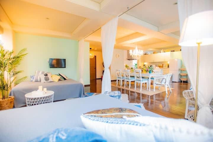 【貸切空間】映える優雅なデザイン♡女子会&ホームパーティに最適/駐車場完備/長期滞在歓迎