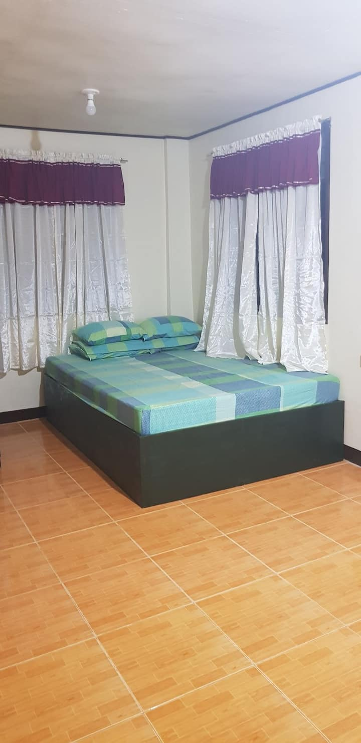 Studio Apartment @ Taguig near Arca South w/ WIFI