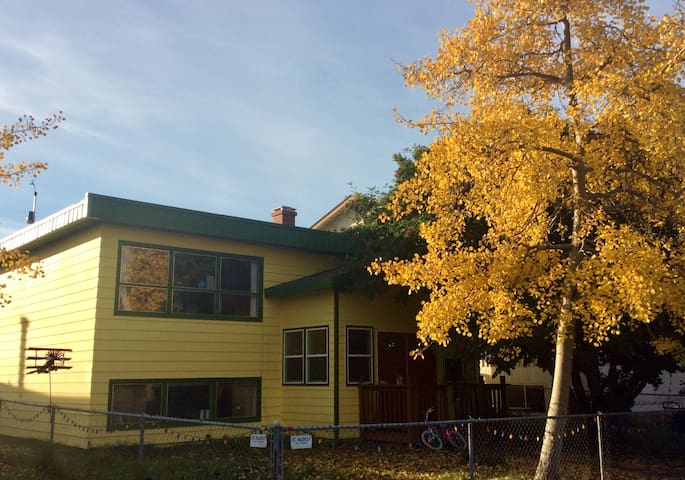 3 BR Anchorage Apartment Close to Downtown