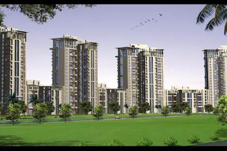 Crescent Court Jaypee Green 3 BHK - Greater Noida