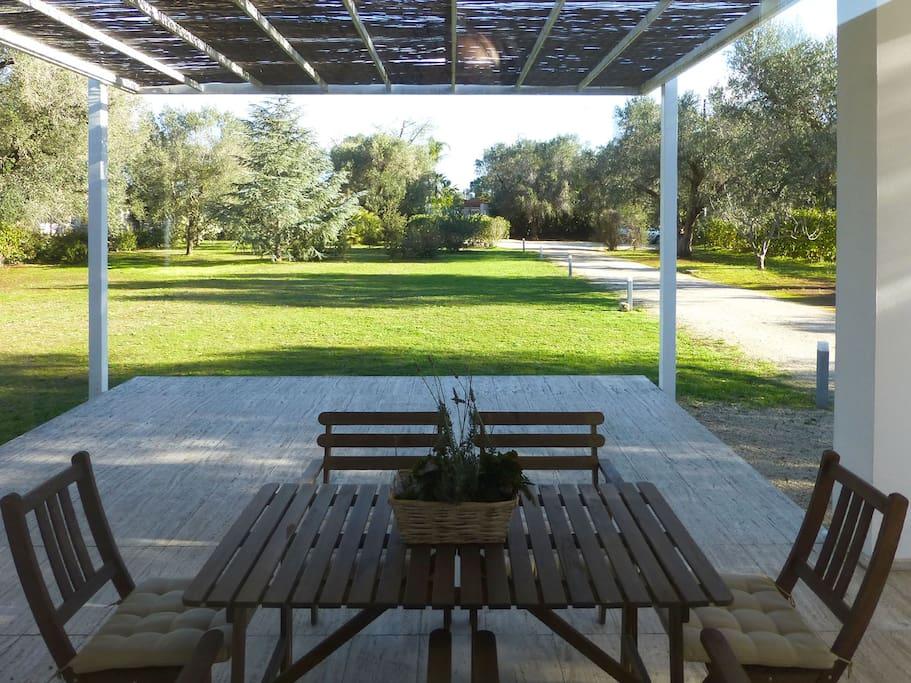 Tavolo esterno giardino