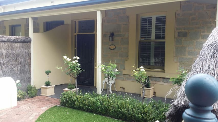Welcoming, Convenient and Clean - Maylands - Casa