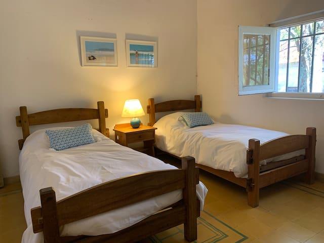 Suite 3, en este dormitorio se puede agregar una cama más.