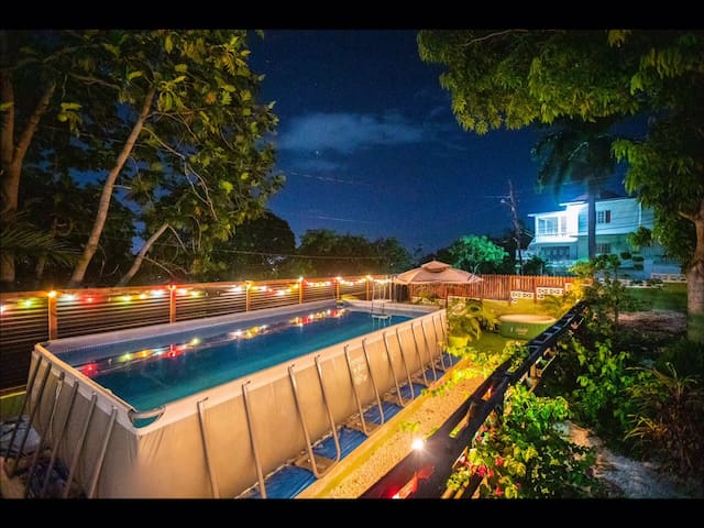 Jamaica Dream-Pool, A/C,wifi,gym,sunset view
