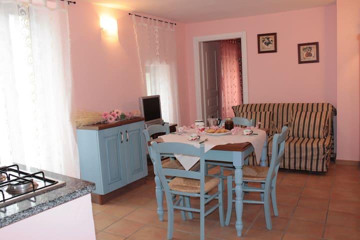 Agriturismo Il Poggio: appartamento ROSA - Vasia - Apartment