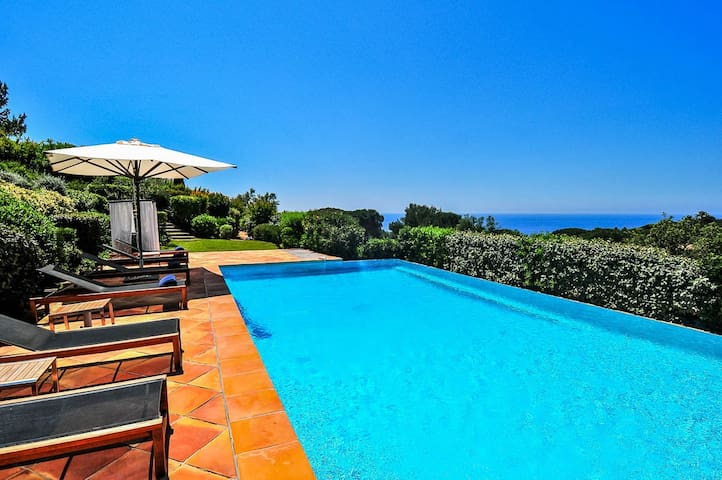 Lovely villa located just outside St. Tropez - Ramatuelle - House