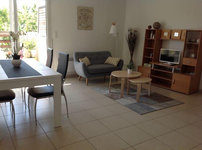 Beau T2 agréable et lumineux avec terrasse - Mauguio - Appartement