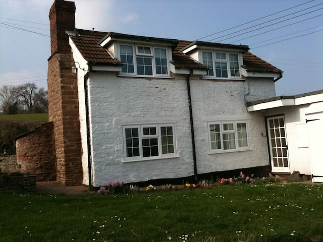 Character cottage in Wye Valley - Hereford - Huis
