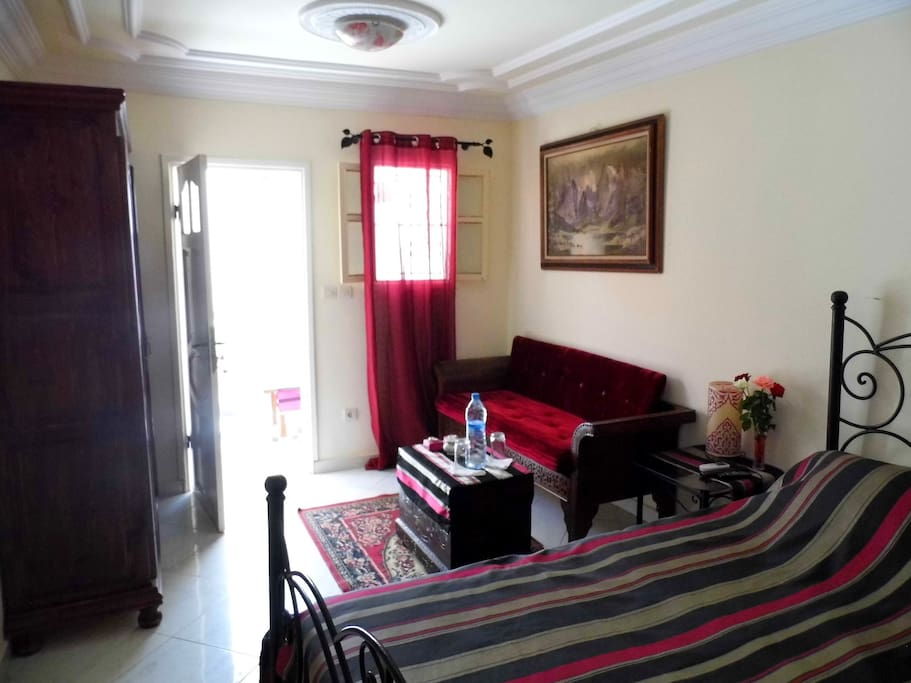 Suite lilas terrasse clim t t wifi petit dejeuner for Chambre d hotes for sale