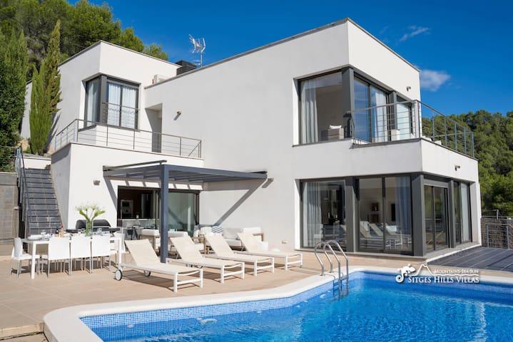 A spectacular, designer Villa Chanel