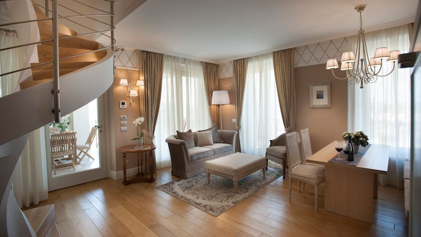 Villa Vitae - Apartamentos de luxo - Suite Cavour