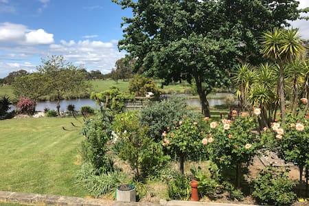 Amazing Wonderland Hobby Farm(PROMOTION ON!) - Hastings - House