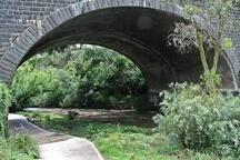 Merri Creek Trail 175m to the east
