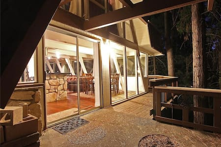 Lakefront - Location & Style! - Lake Arrowhead - Huis