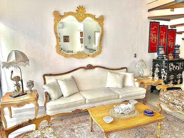 Elegante Casa Hermosa en Residencial con Alberca
