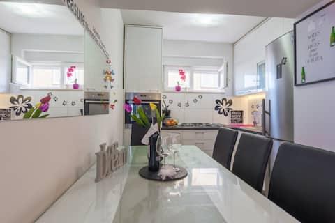 Zadar:  Apartment Ana