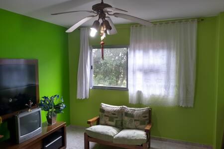Lindo Apartamento Seguro e Tranquilo em Peruíbe