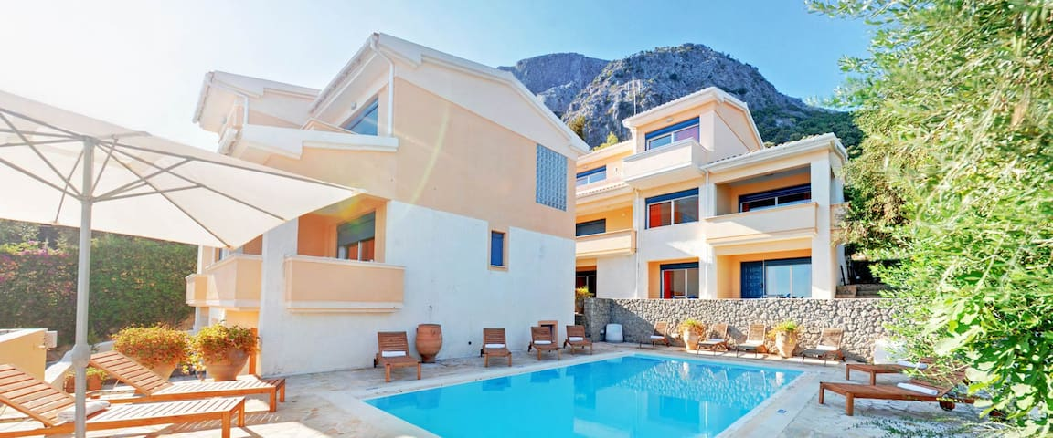 GLYFA CORFU APARTMENTS TWO BEDROOM - Mparmpati - Apartment