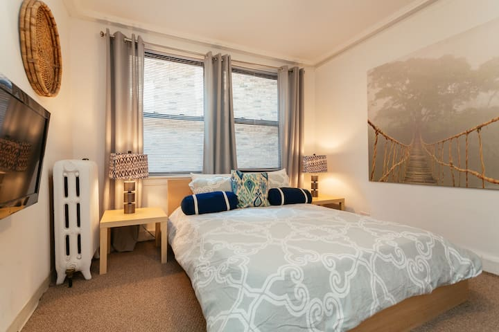 Lincoln Park Studio, Great Value! - Chicago - Lejlighed