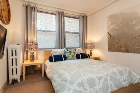 Lincoln Park Studio, Great Value! - Chicago - Departamento