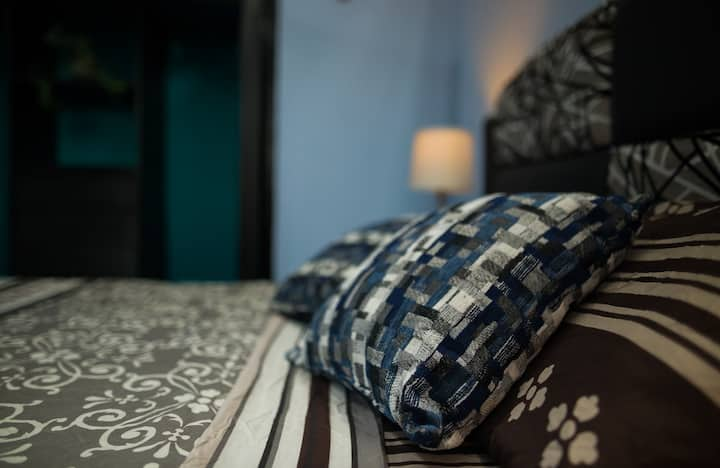 La Casa Verde - 《Blue Room》 with NETFLIX & Bikes