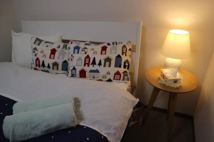 Hana Hostel Fujisan Economy Double Room