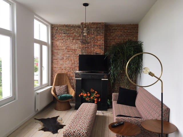 Mooi, licht en comfortabel app. te Antwerpen