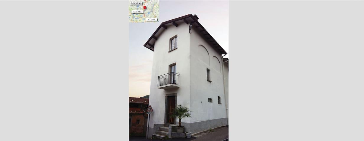 Haus am Monte Brè, Davesco-Soragno - Lugano - House