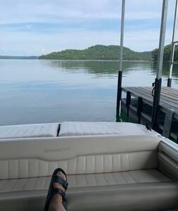 Beaver Lake Get-A-Way
