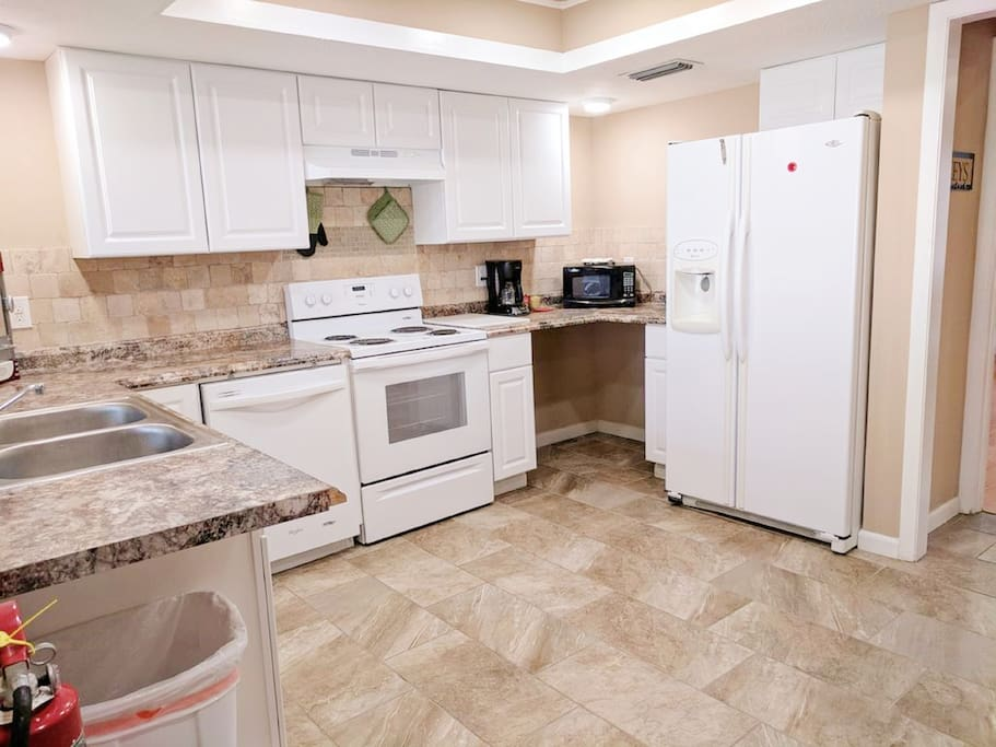 Open Bright Clean Kitchen.  Dishwasher, Stove, Oven, Microwave, Fridge.  All New!