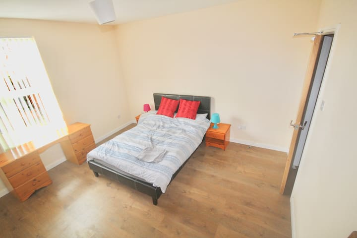 ONE BED FLAT DERBY CITY CENTRE LOCATION