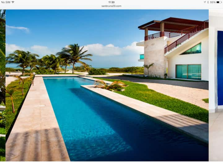 Luxury Beach Villa at Yucatán