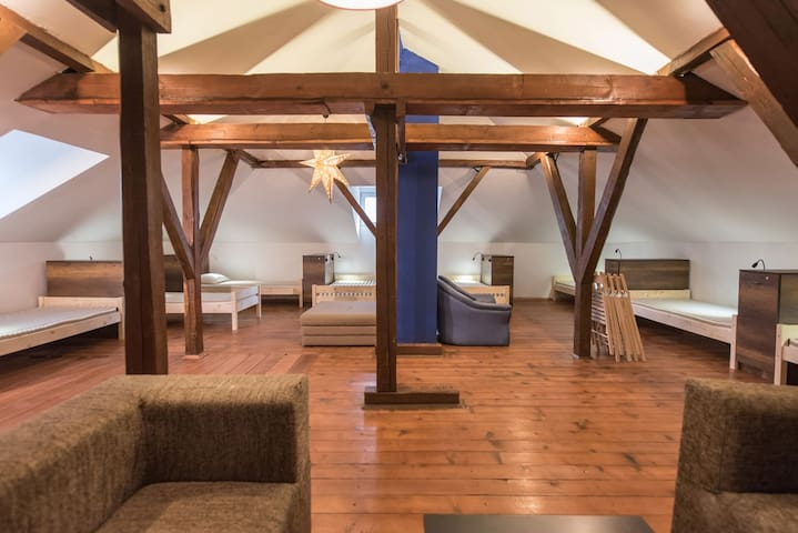 "BestRest's cozy design""8 bed attic"""
